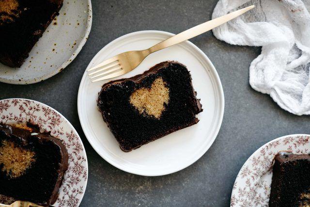 Comment faire un gâteau de coeur caché